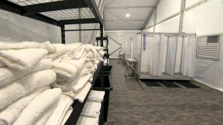 Border agency says it's doing all it can to stop children from dying from flu. Others aren't so sure