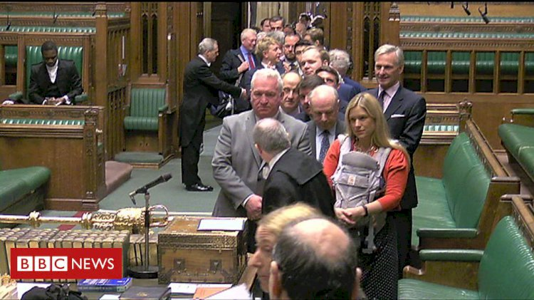 Labour MP Ellie Reeves swears in with her baby