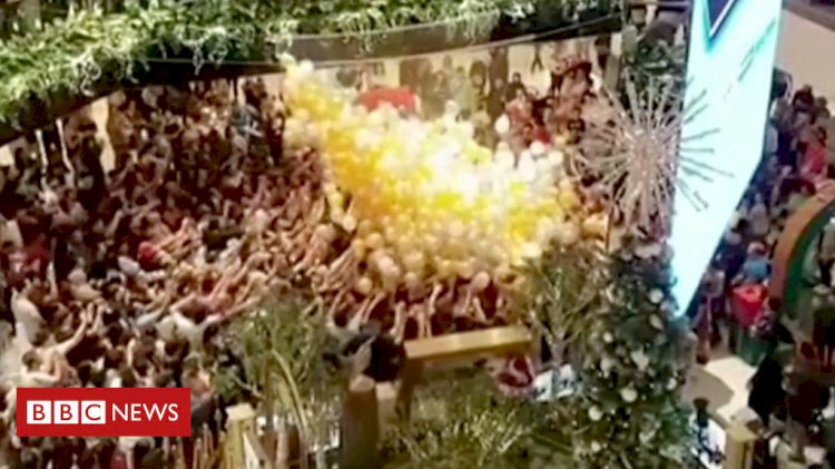 Sydney balloon drop: 'People were getting crushed'