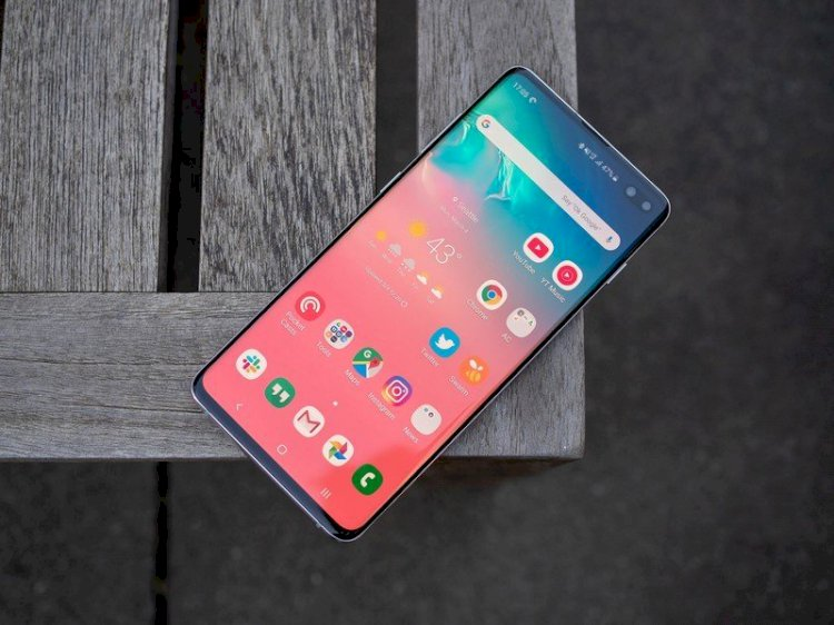 The Galaxy S11 may debut as the S20 as Samsung drops the 'e' variant