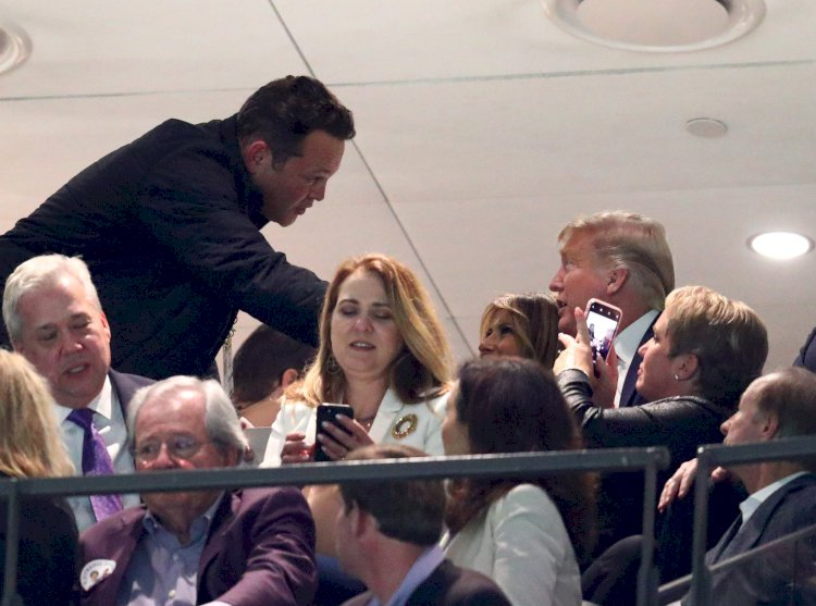 Vince Vaughn seen chatting with Donald Trump, Melania at Clemson-LSU championship game