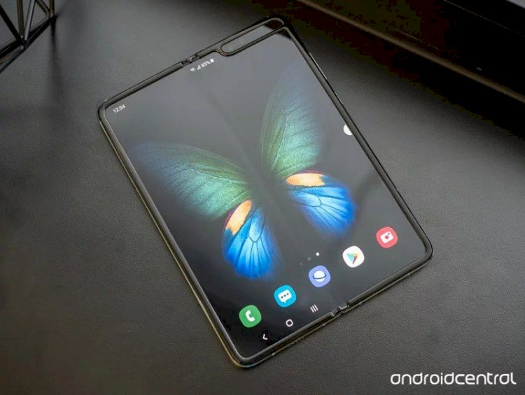 Latest Galaxy Fold 2 leak suggests it may only support 15W charging speeds