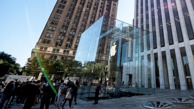 The Ratings Game: Apple could fetch a $2 trillion valuation by the end of 2021, analyst says