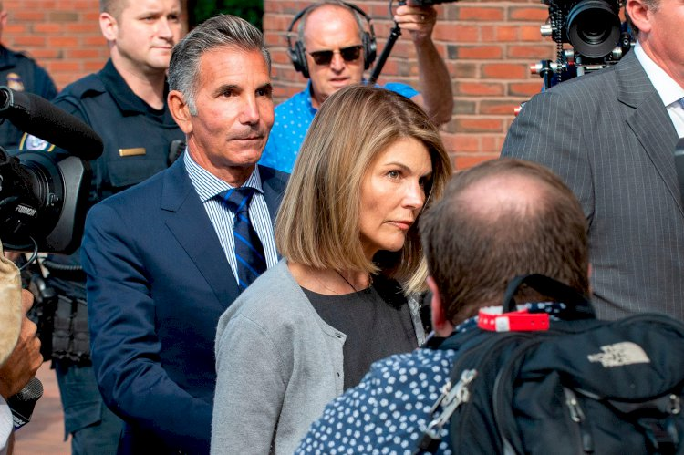 Lori Loughlin's husband was told to keep USC athletic director 'out of' scheme, emails show